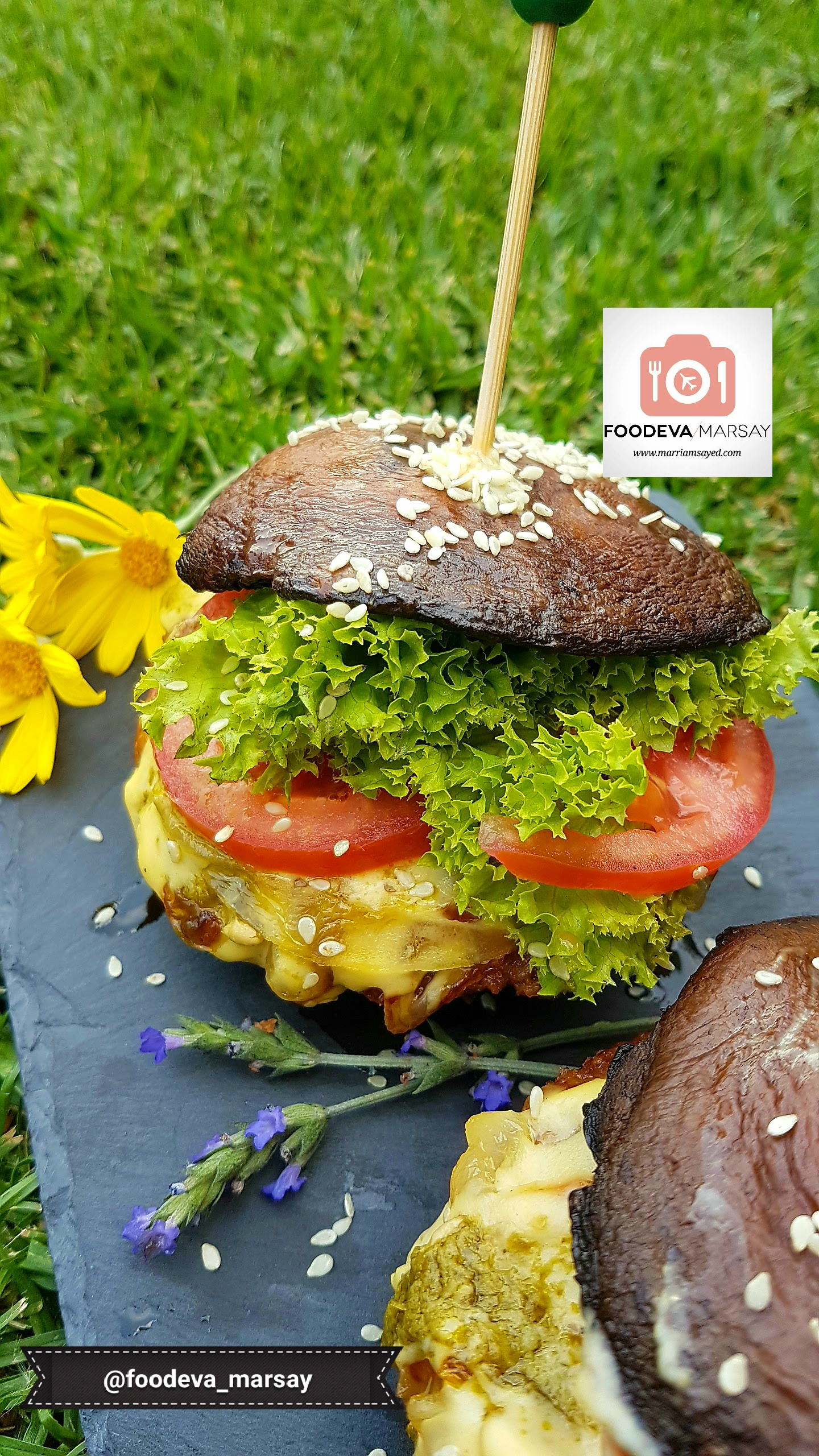 Bun Less Burger Using Portobello Mushrooms Foodeva Marsay